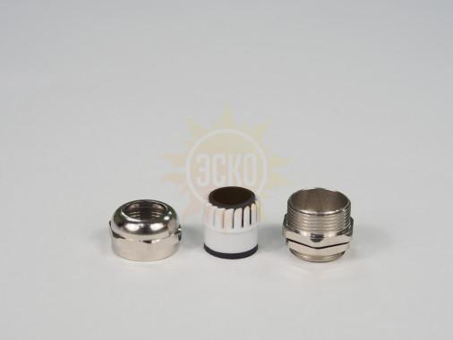 резьба: M20 x 1.5 x 9.5.; каб. d: 14~10 мм; приб. отв. d: 20 мм; цанга: разъемная, материал никелированная латунь
